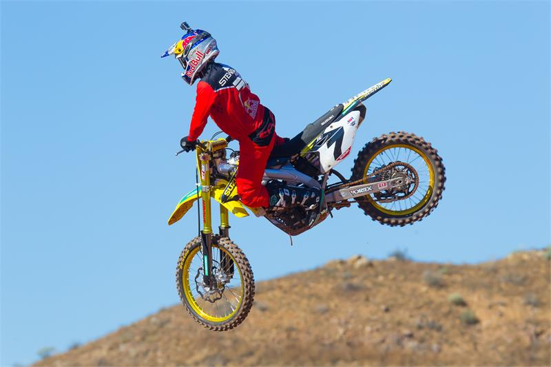 2016 Yoshi-Shoot-James Stewart-14